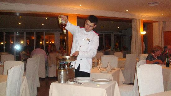 Hotel Aiguablava: Making our crepes suzette