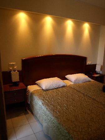 Esperides Resort Hotel: Room
