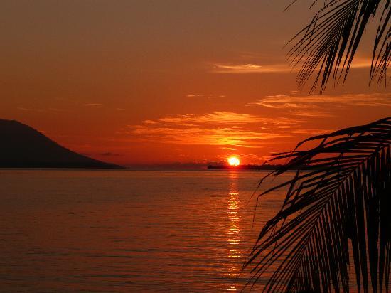 Kima Bajo Resort & Spa, Manado: Sunset