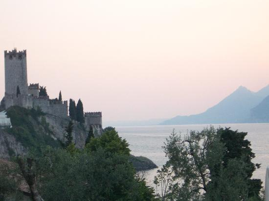 Hotel Internazionale: view towards castle