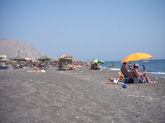 Marc Aggelos Studios: The beach at Perivolos