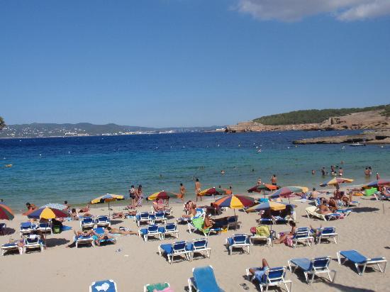 Hotel Tropical: Cala Bassa beach