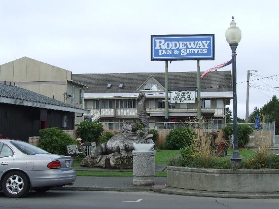 Rodeway Inn & Suites : Rodeway Inn in Long Beach Washington