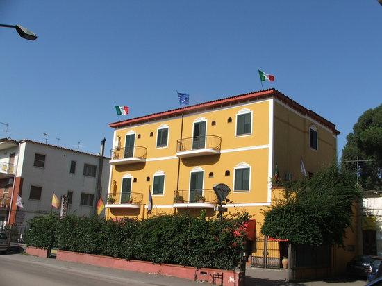 Fittacamere Villa Flora : esterno Le Anfore
