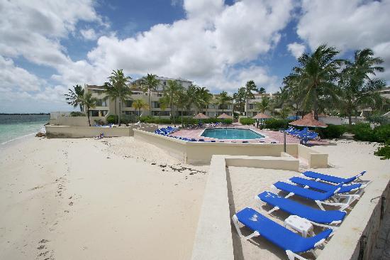 Blue Water Resort on Cable Beach: Beach View