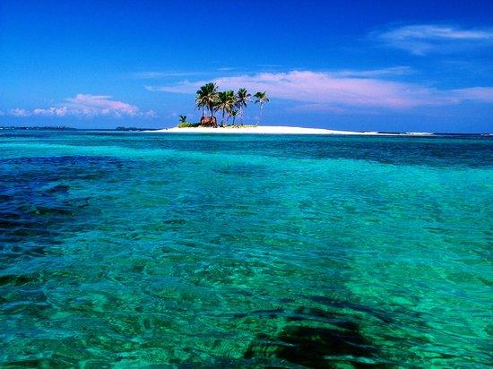 San Blas Islands, Panama: Tuborgana Island