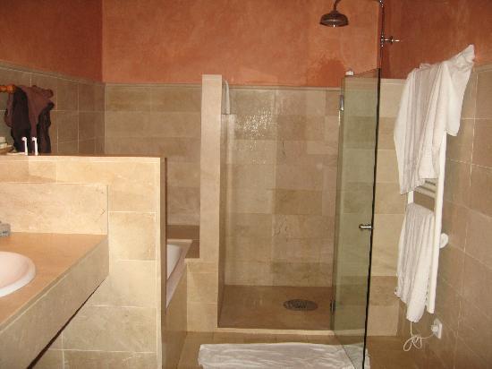 Finca Hotel Son Palou : Our bathroom