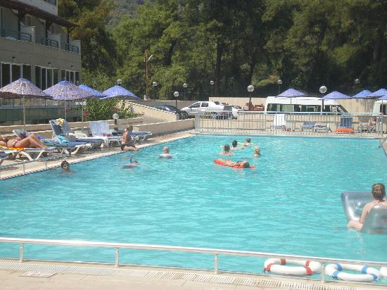 Panorama Park Hotel: lovely swimming pool