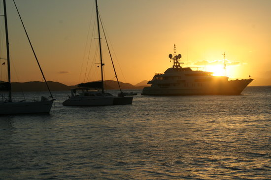 Jomfruøyene: Sunset in the BVI