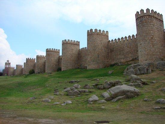 Avila, İspanya: muralhas - walls
