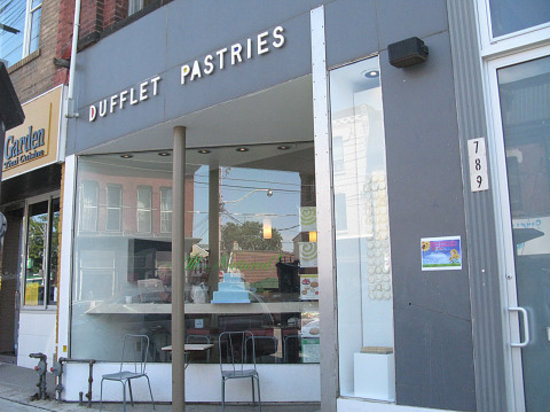 Dufflet Pastries Downtown: shop