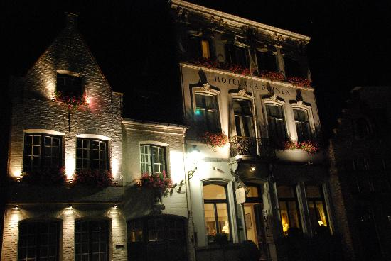 Hotel Ter Duinen: Ter Duinen at Night