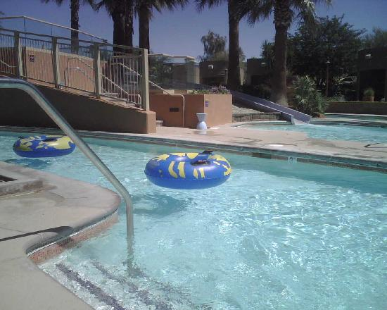 Cabazon, Καλιφόρνια: Morongo Resort: lazy pool