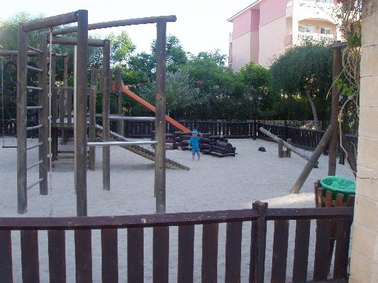 Prinsotel La Dorada: childrens playground next to pool