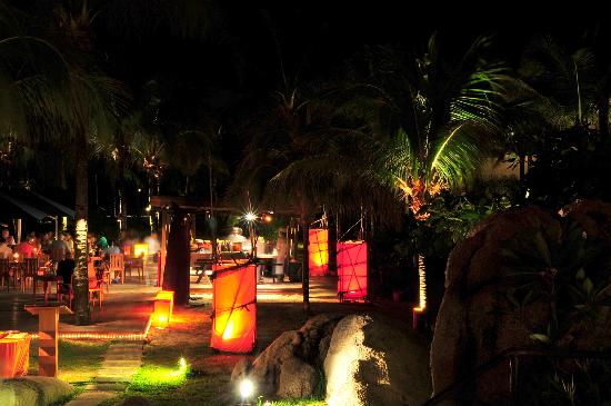Angsana Bintan: Pantai Grill @ Angsana for best live band
