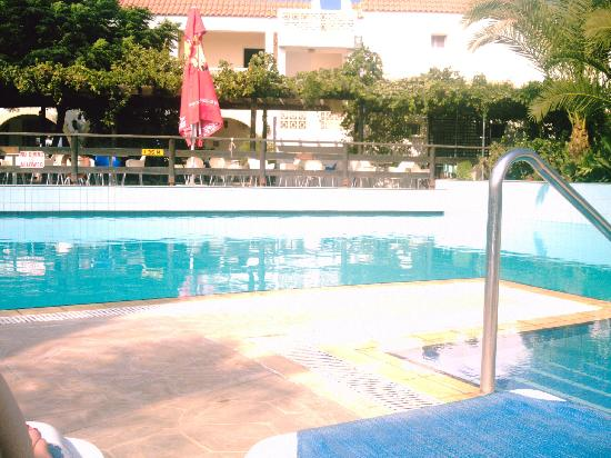 Paralimni, Chipre: Hotel pool
