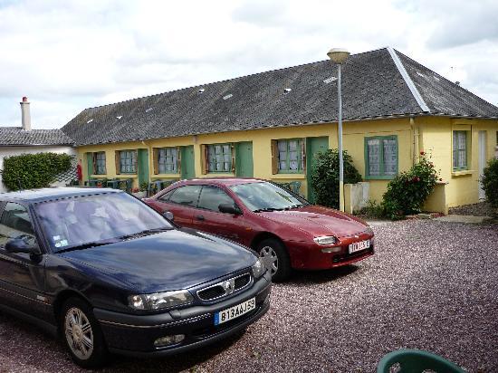 Hotel de France : parking  & chambre