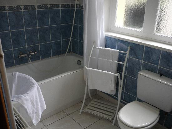 Hotel de France : salle de bain très grande