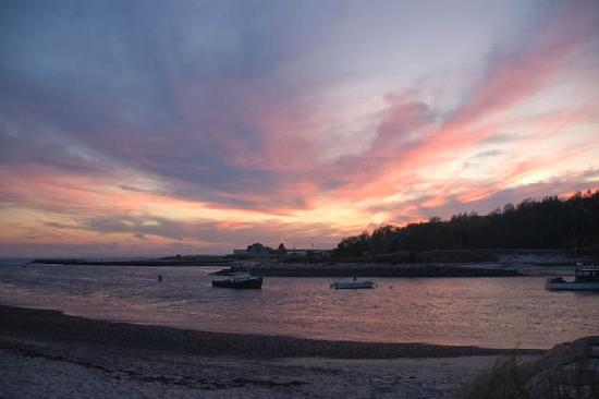 The Edgewater Inn: Sunset in Kennebunkport