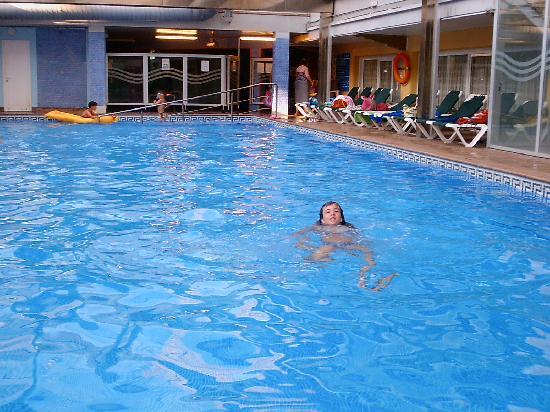 Rosamar Garden Resort: piscina climatizada