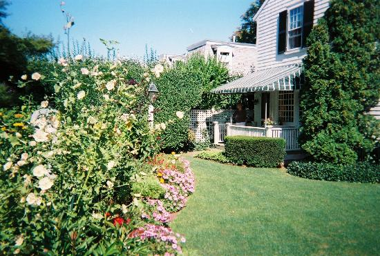 Edgartown, MA: our room