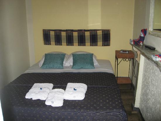 Leopold: Room 6