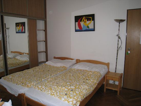 Prague Lion: bedroom for 2