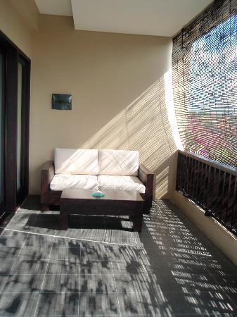 Alam Warna: upstairs balcony