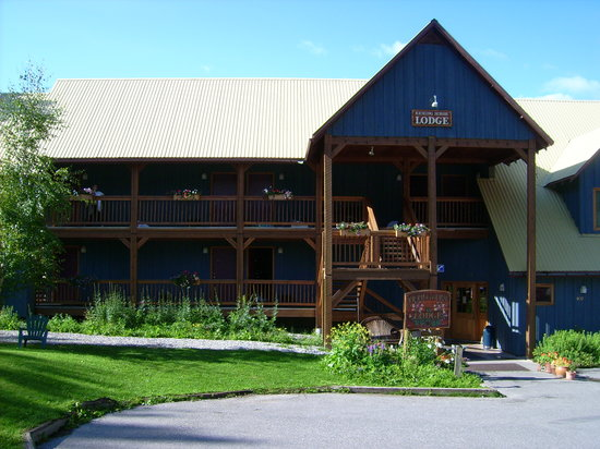 Truffle Pigs Lodge: Kicking Horse Lodge