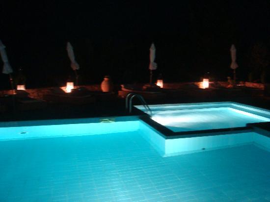 Aegean Suites: pool at night