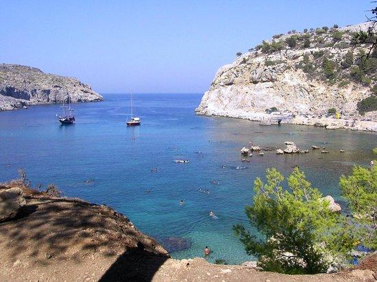 Rhodes, Grèce: La spiaggia di Antony Quinn Bay a Ladiko