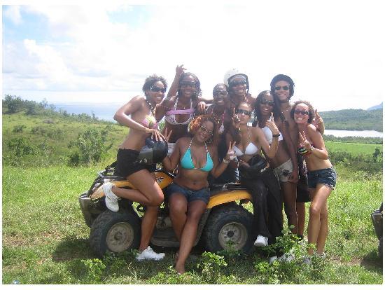 Martinique Quad Explorer: la bande de copines qui nous à fait bien rire. Merci les martiniquaises !