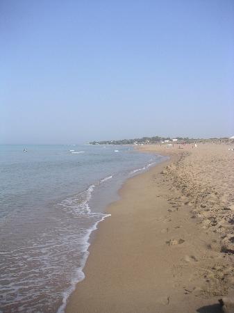 Aldemar Royal Olympian: une vue de la plage au petit matin