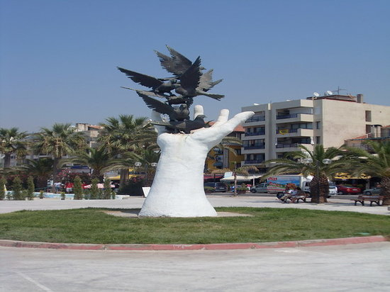 Kusadasi, Turkey: monument