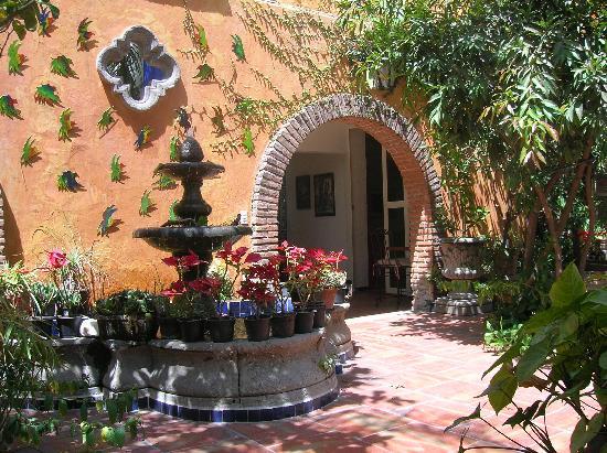 Casa Tlaquepaque Hotel Galeria Patio De