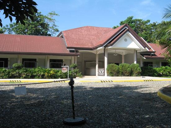 Pacific Cebu Resort: 客室のうちの1棟