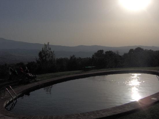 La Foce: swimming pool