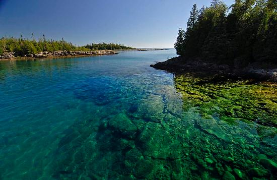 Tobermory, แคนาดา: Tour of Fathom Five National Marine Park aboard the Great Blue Heron Tour Boat
