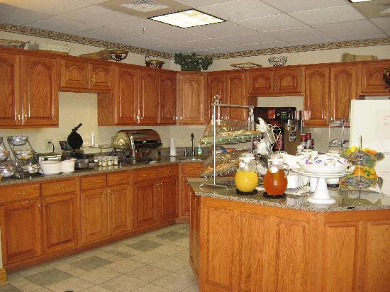 Comfort Suites: Breakfast Area