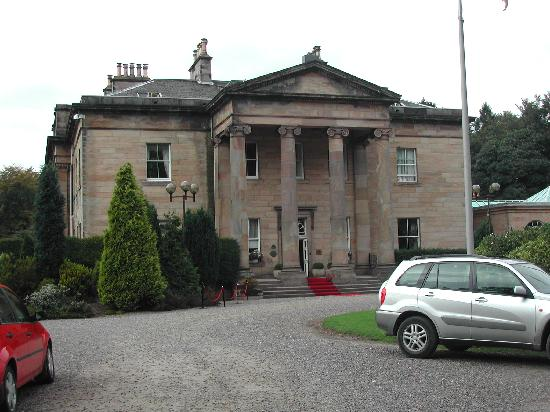 Balbirnie House: Front view