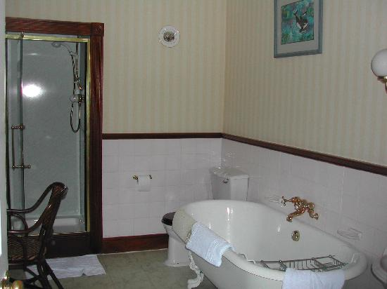 Balbirnie House: Bathroom