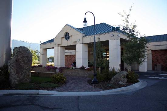 Best Western Plus Butte Plaza Inn: Entrance