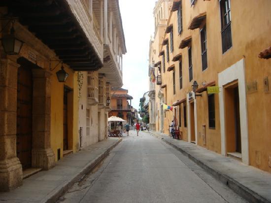 Hotel-Hostal Santo Domingo : calle Santo Domingo