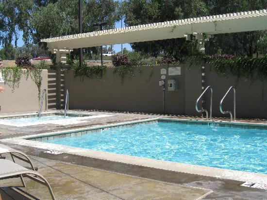 Fairfield Inn & Suites Temecula: Pool.