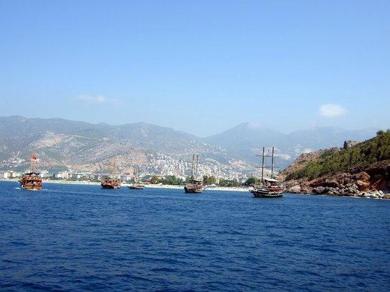 Kleopatra Beach: Blick vom Schiff zum Strand