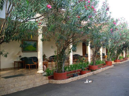 Hotel Prima: Hotel exterior