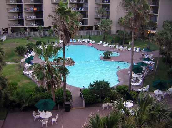 Sandcastle Condominiums & Conference Center: Pool View from Rm 415
