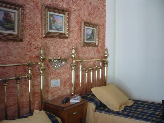 Hostal Lima : room