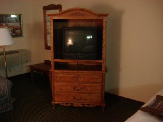 Baymont Inn & Suites Warren MI : Room 2