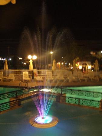 Venus Hotel & Suites: pool fountain night time only.